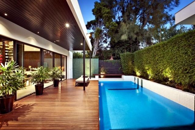 terrasse bois massif piscine
